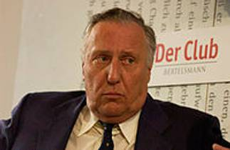Picture of an author: Frederick Forsyth