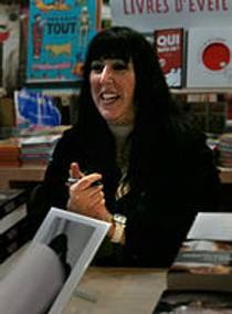 Picture of an author: Simone Elkeles