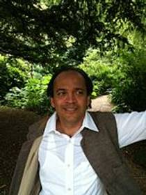 Picture of an author: Vikram Seth