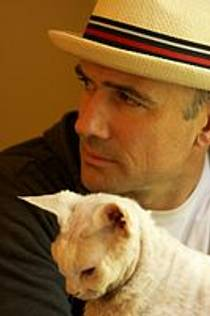 Picture of an author: Mark Z. Danielewski