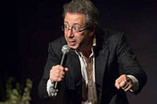Picture of an author: Ben Elton
