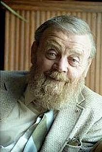 Picture of an author: Farley Mowat