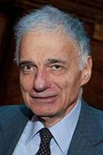 Picture of an author: Ralph Nader