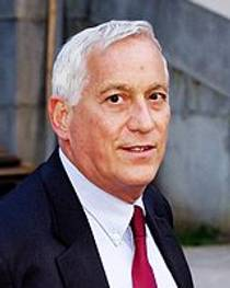 Picture of an author: Walter Isaacson