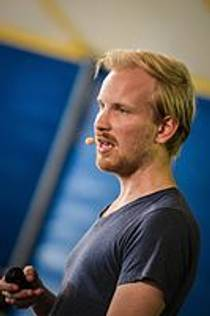 Picture of an author: Rutger Bregman
