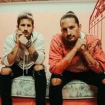 Picture of a band or musician: Mau y Ricky