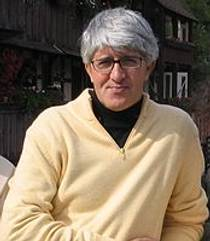 Picture of an author: Beppe Severgnini