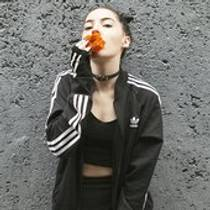 Picture of a band or musician: Bishop Briggs