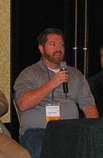 Picture of an author: Brent Weeks