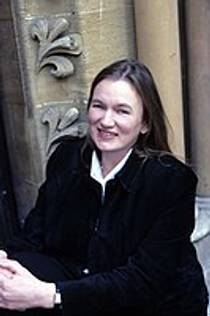 Picture of an author: Linda Buckley-Archer