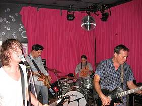 Picture of a band or musician: Hot Snakes