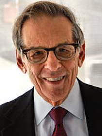 Picture of an author: Robert A. Caro