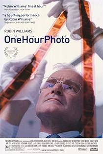 Picture of a movie: One Hour Photo