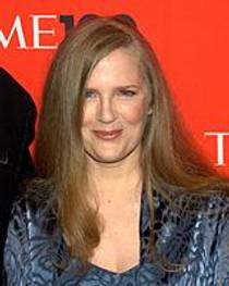 Picture of an author: Suzanne Collins