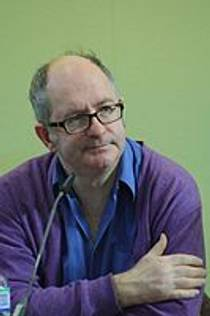 Picture of an author: John Lanchester