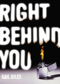 Picture of a book: Right Behind You