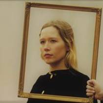 Picture of a band or musician: Julia Jacklin