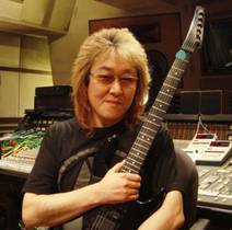 Picture of a band or musician: 川井憲次