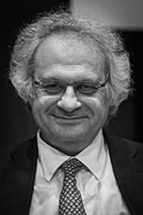 Picture of an author: Amin Maalouf