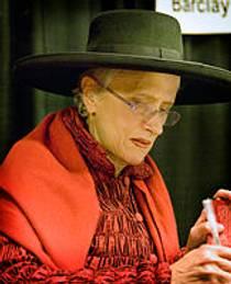 Picture of an author: Sara Paretsky