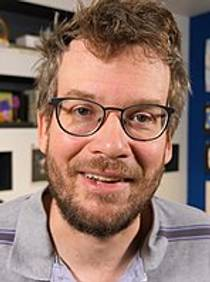 Picture of an author: John Green