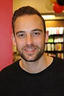 Picture of an author: Joël Dicker