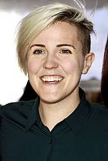 Picture of an author: Hannah Hart