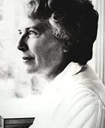 Picture of an author: Mary  Stewart