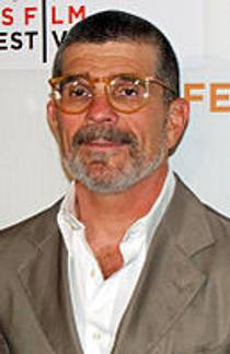 Picture of an author: David Mamet