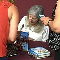Picture of an author: Elizabeth Berg