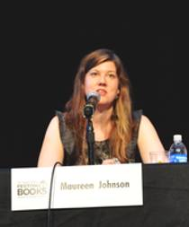Picture of an author: Maureen Johnson