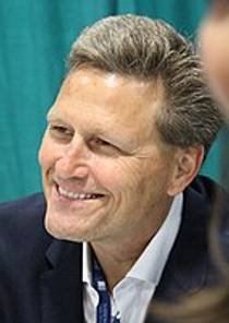 Picture of an author: David Baldacci