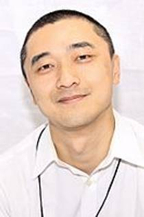 Picture of an author: Ken Liu