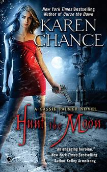 Picture of a book: Hunt The Moon