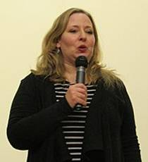 Picture of an author: Ally Carter