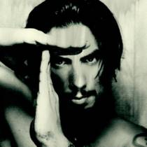 Picture of a band or musician: Dave Navarro