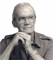 Picture of an author: Og Mandino
