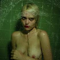 Picture of a band or musician: Sky Ferreira