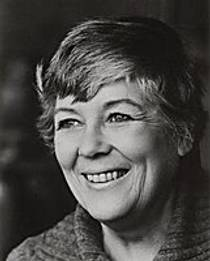 Picture of an author: Dorothy Dunnett