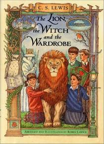 Picture of a book: The Lion, the Witch and the Wardrobe: A Graphic Novel