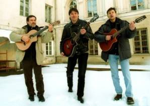 Picture of a band or musician: Aktorių trio