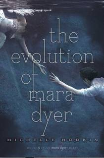 Picture of a book: The Evolution Of Mara Dyer