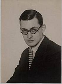 Picture of an author: Raymond Queneau