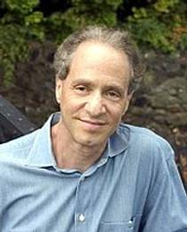 Picture of an author: Ray Kurzweil