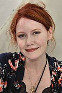 Picture of an author: Richelle Mead