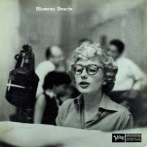 Picture of a band or musician: Blossom Dearie