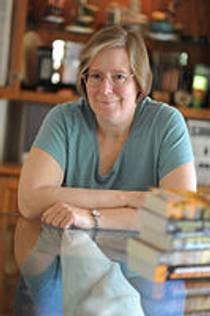 Picture of an author: Lois Mcmaster Bujold