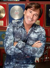 Picture of a band or musician: Ricardo Montaner