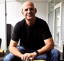 Picture of an author: Harlan Coben