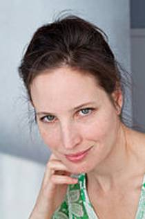 Picture of an author: Lucinda Rosenfeld